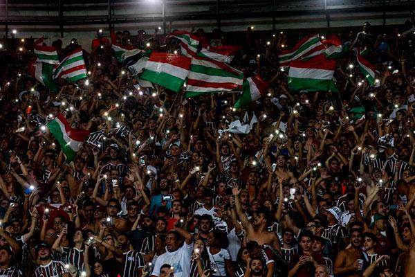 No jogo de ida, Fluminense vence o Santa Cruz-PE por 2 a 0 no Maracanã