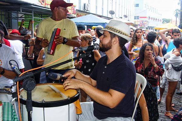 Tradicional Roda de Samba no Beco da Lama é uma das ações que podem ser beneficiadas pelo edital de ocupação cultural
