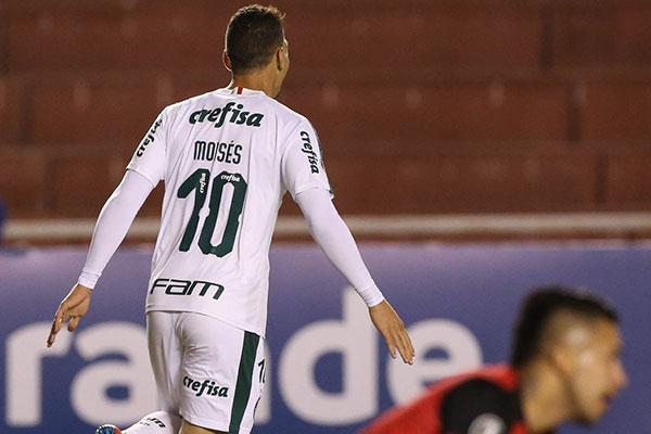 Moisés marcou um dos gols da vitória do Palmeiras sobre o Melgar-PER
