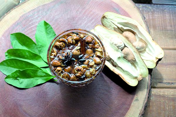 Doce de Monguba, uma das PANCs cultivadas na LabNutrir. Rico em proteínas e antioxidantes, vegetal se assemelha ao Cacau