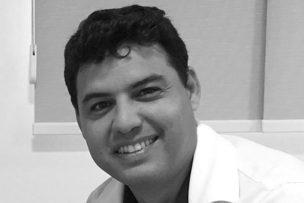 Dr Tarcisio Barretro