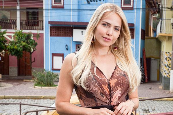 Letícia Colin, atriz