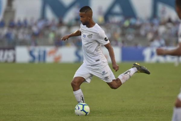 Lateral Jorge Após empatar sem gols com o CSA, em Maceió-AL, no último domingo, a equipe de Sampaoli prioriza descanso e recuperação de jogadores para duelo contra o Vasco