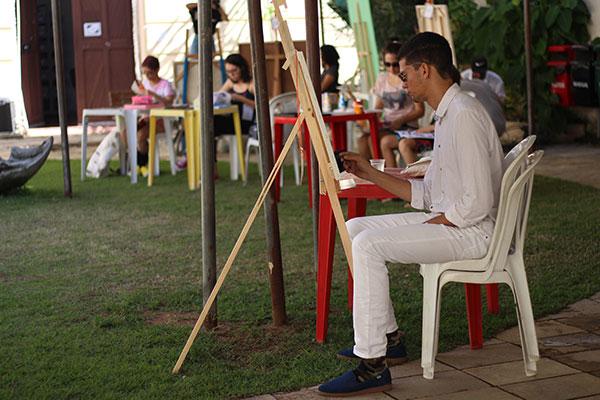 Maratona de pintura no Ateliê a Céu Aberto premia melhores trabalhos realizados ao vivo