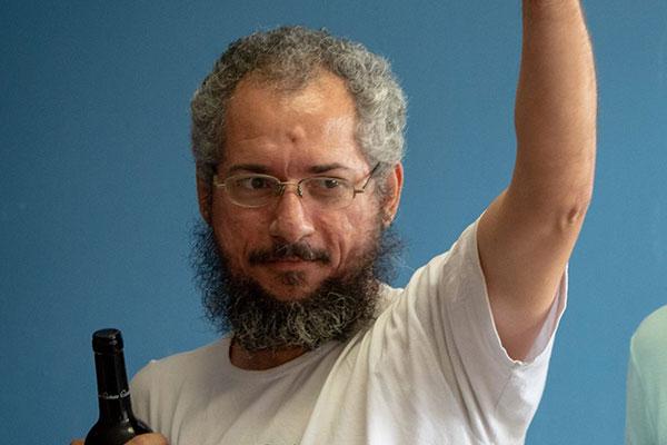 Alex de Souza, Jornalista e pesquisador