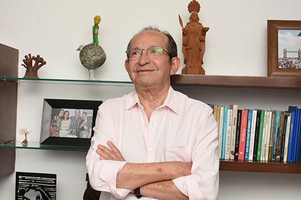 Diógenes da Cunha Lima, presidente da Associação Norte-Rio-grandense de Letras