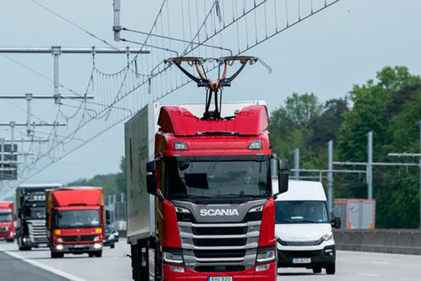 Governo busca soluções para diminuir emissões de poluentes pelo transporte de cargas