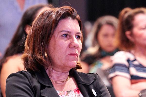 Angela Maria Paiva Cruz