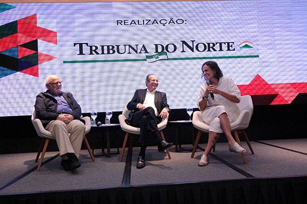 O diretor regional do SESC São Paulo, Danilo Miranda, o escritor Diógenes da Cunha Lima e a cantora Zélia Duncan destacaram que a valorização da arte e da cultura é vital
