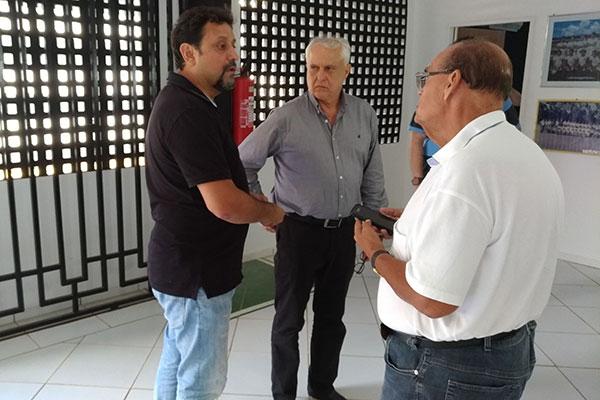 Giscard Salton, Fernando Suassuna e Paulo Tarcísio comandaram as negociações com técnicos