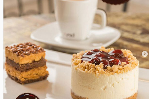 Combo do Cuore di Panna: Chessecake, mini Caramela e café