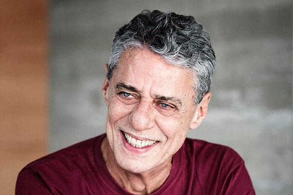 Chico Buarque foi escolhido pelo conjunto de sua obra literária