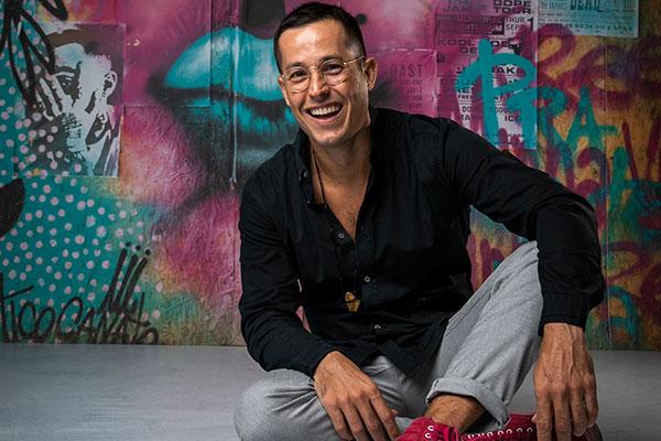 Roger Gobeth volta a Malhação para viver o personagem Luiz Peixoto