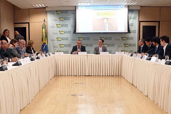 Reunião no Mec com o ministro contou com os reitores das instituições federais de ensino no RN e com a bancada federal
