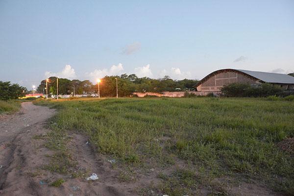 A área do terreno cedido pela Prefeitura é de 16,5 metros quadrados no conjunto Santa Catarina, Potengi, na Zona Norte