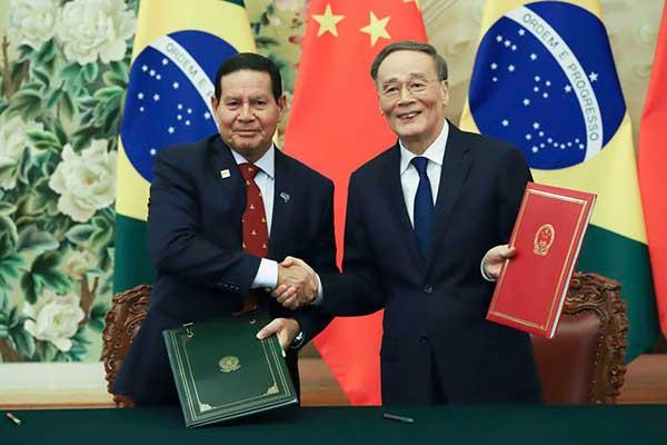 Vice-presidente comandou reunião de alto nível entre os dois países