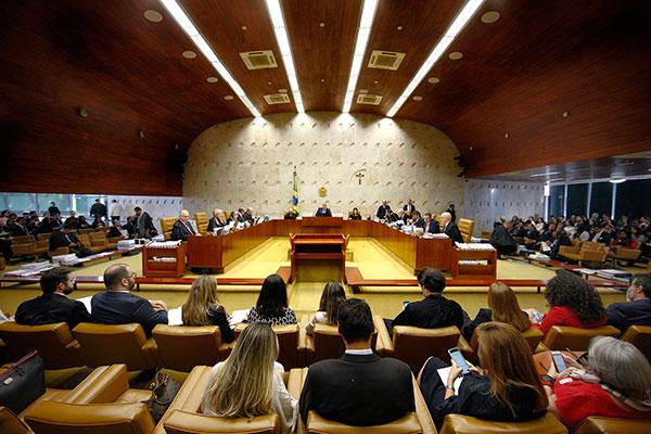 Maioria dos ministros do STF votaram a favor da criminalização da homofobia e transfobia no Brasil
