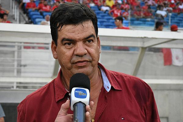 Moacir Júnior reclamou da CBF em relação aos campos de jogo