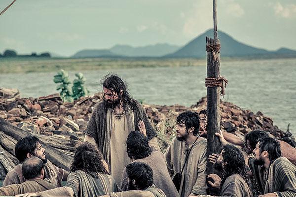 Passagens bíblicas são encenadas em série de 11 episódios