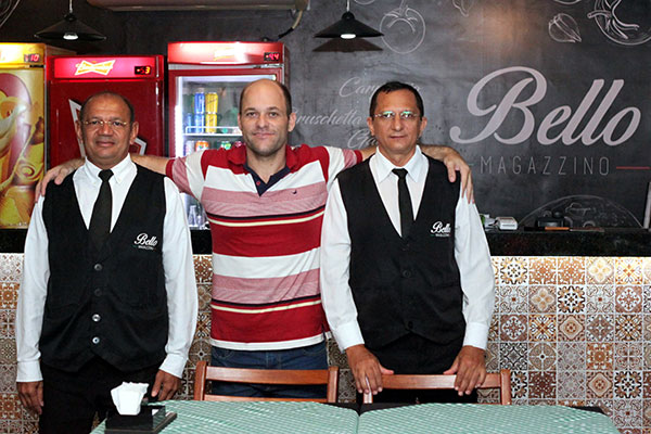 Na equipe de Henrique Cavalcanti, os veteranos Jurandir e Júnior, ex-Bella Napoli