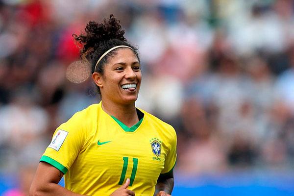 """Cristiane conseguiu o """"hat-trick"""", o terceiro na história do País"""
