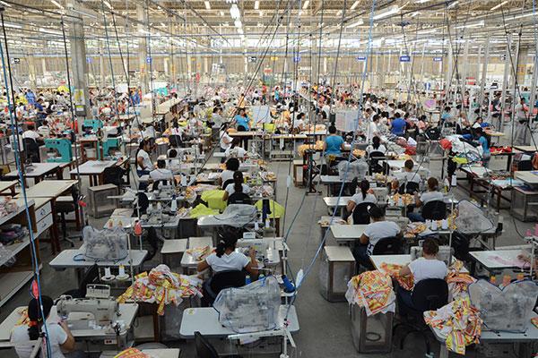 Empresários defendem choque de modernização industrial