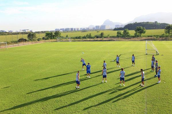 Grêmio encara o Botafogo, que está em boa fase, para ficar cada vez mais longe da zona de rebaixamento
