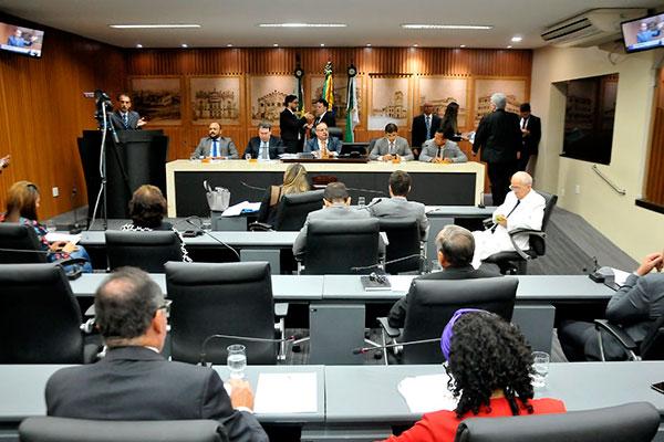 Horários das sessões serão adaptados em dias de jogos da seleção brasileira