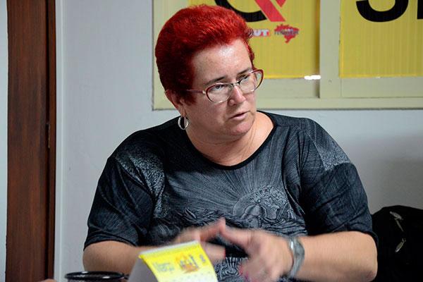 Janeayre Souto informou que o Fórum quer tratar de assuntos relacionados com terceirização