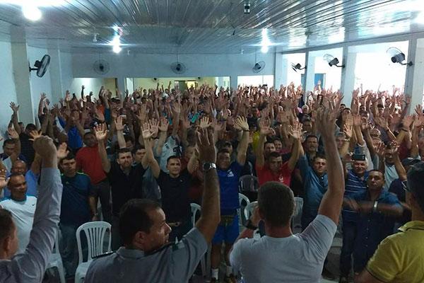 Assembleia da tarde desta sexta-feira reafirmou a decisão de paralisação dos policiais tomada no dia 31 de maio