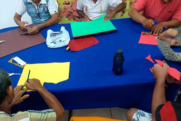 CAPS-AD II Norte trabalha dinâmicas individuais e em grupos com utilização de recursos didáticos pelos usuários para promover a aprendizagem e o exercício da cidadania em situações de convívio social