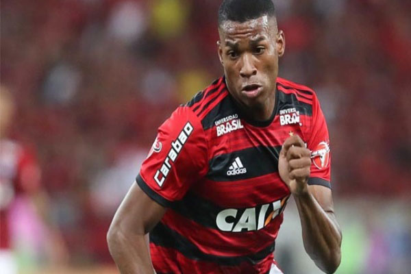 Jean Lucas, ex-Flamengo e Santos é o novo jogador do Lyon