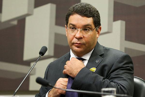 Mansueto de Almeida destacou que serão necessários de três a quatros anos para retomada