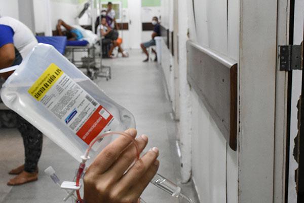 Falta de medicação pode piorar estado de saúde dos portadores do vírus HIV/Aids e Hepatite C