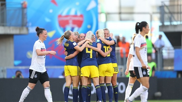 Suecas venceram a Alemanha e avançam às semifinais do Mundial Feminino de Futebol