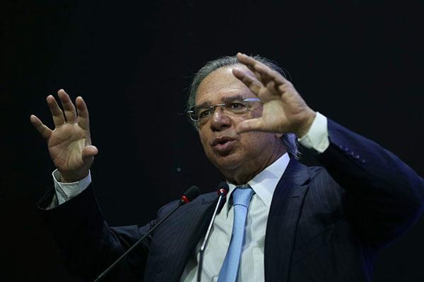 Paulo Guedes, ministro da Economia, defende pacto com Poderes para retomada do crescimento