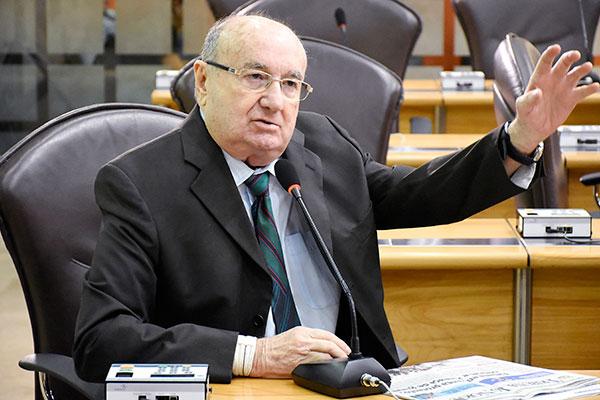 José Dias é o relator do projeto da LDO