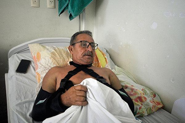 Josinaldo de Lima é um dos que aguarda data para cirurgias