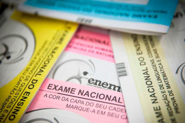 Para cada domingo de prova, o Inep paga R$ 342 (R$ 28,50 por hora)