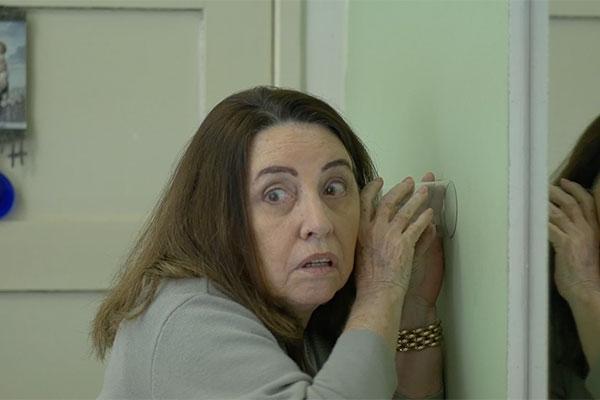 """Clotilde Tavares é atriz do curta """"O Morador do 1101"""