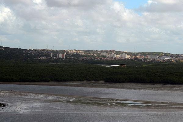 Uma das cinco ZPAs que precisam ser regularizadas é a 8, área que corresponde aos manguezais da zona Norte, no Rio Potengi