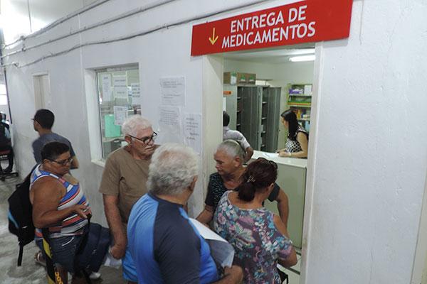 Medicamentos atingidos pela suspensão são distribuídos pela Unicat que recebe lotes do Ministério