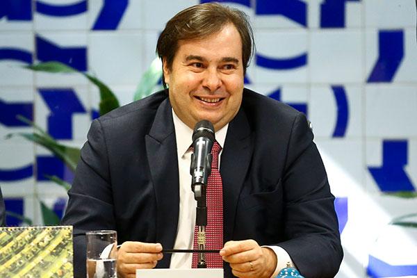 Rodrigo Maia recomendou que os governadores colaborem