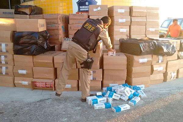 Apreensões de cargas de cigarros contrabandeados pela PRF é comum no Rio Grande do Norte