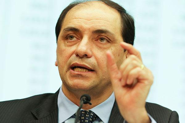 Waldery Rodrigues, da Economia, disse que expectativas de mercado e PIB podem mudar cenário
