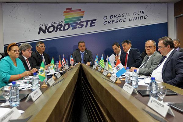 Governadores se reúnem em Salvador e confirmam formação de um consórcio na região