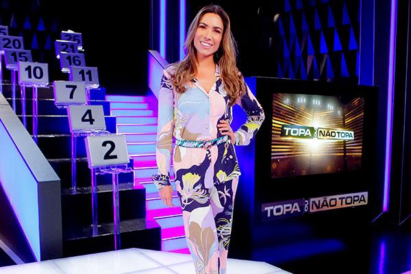 Patrícia Abravanel estreia como apresentadora de novo programa no SBT