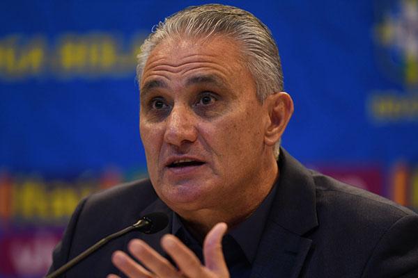 Após título da Copa América, Tite começa a trabalhar a renovação da equipe brasileira para Copa