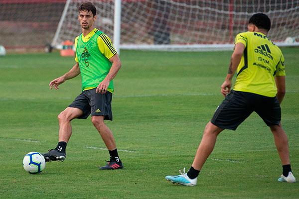 O zagueiro Rodrigo Caio foi um dos que mais cresceu na temporada e se destaca na equipe