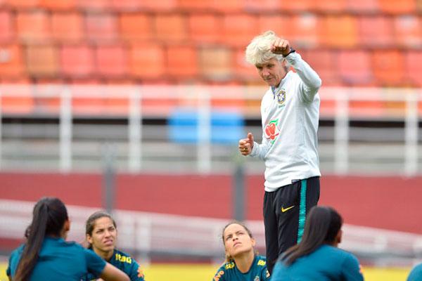 Pia Sundhage não contará com a atacante Marta diante da Argentina